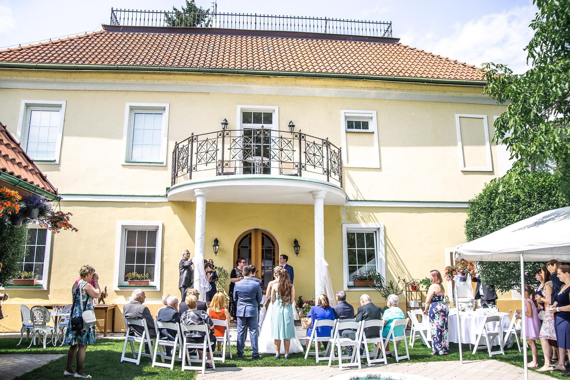 Svatební-fotograf-Nymburk-5269