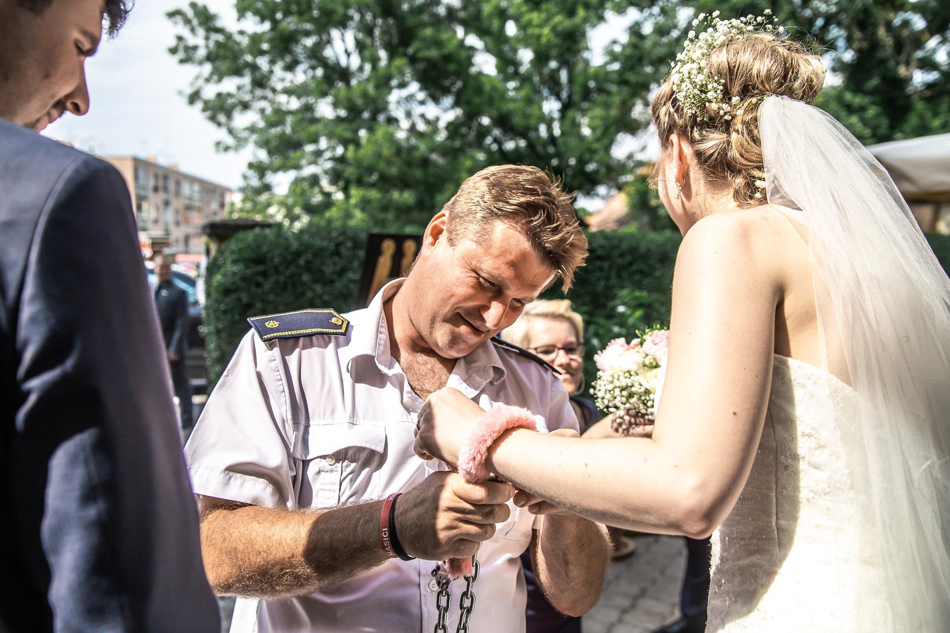 Svatební-fotograf-Nymburk-5483