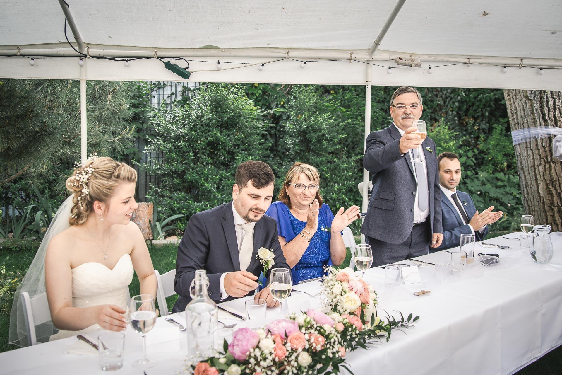 Svatební-fotograf-Nymburk-5956