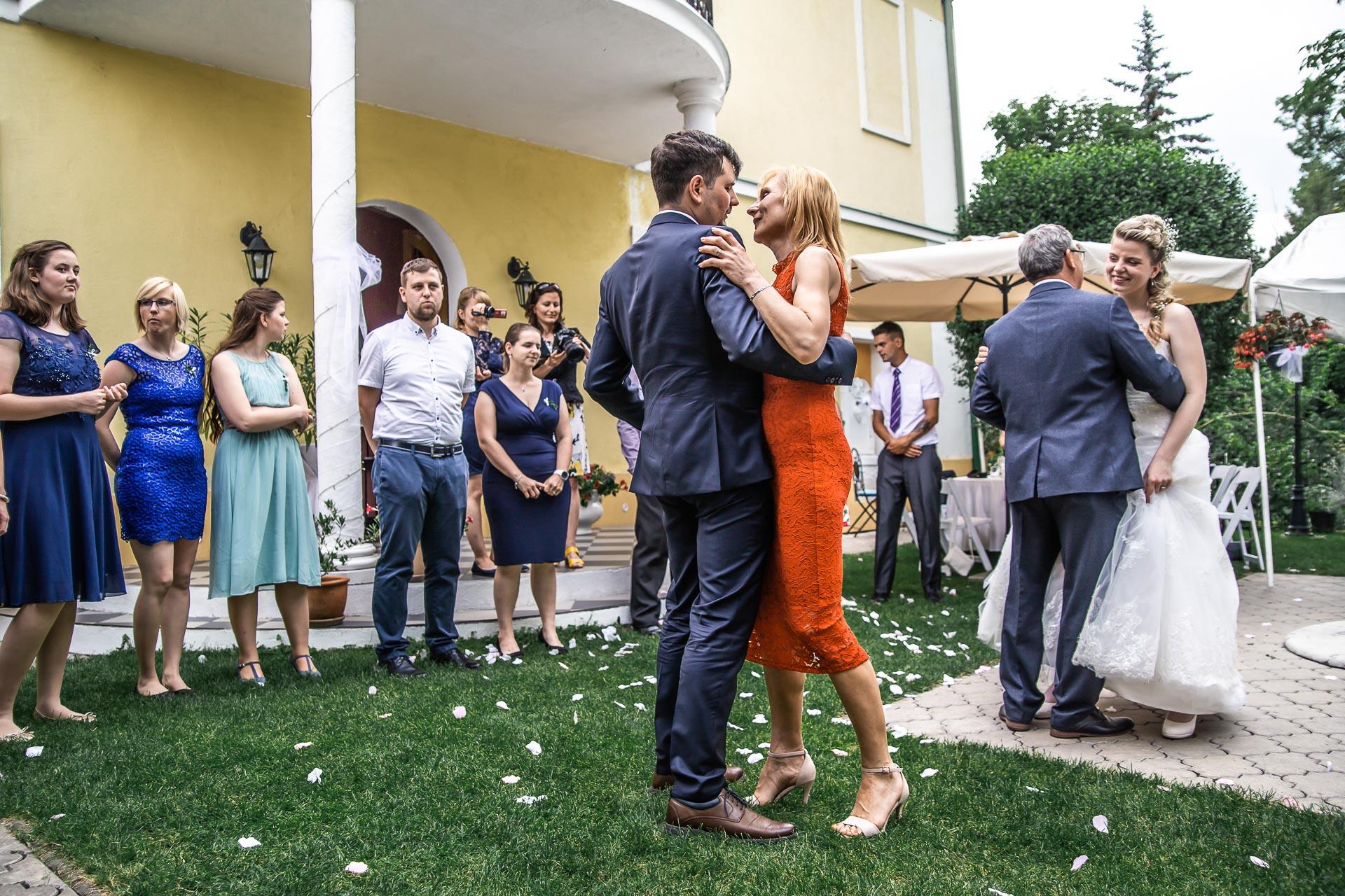Svatební-fotograf-Nymburk-6065