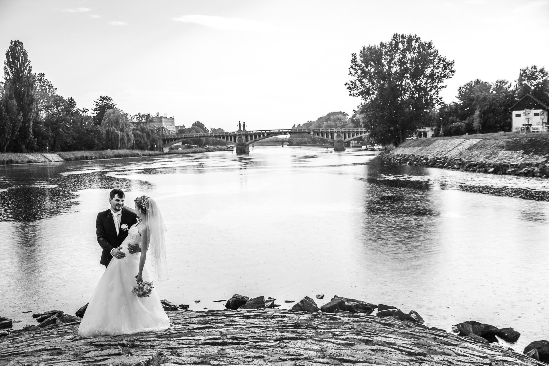 Svatební-fotograf-Nymburk-6233