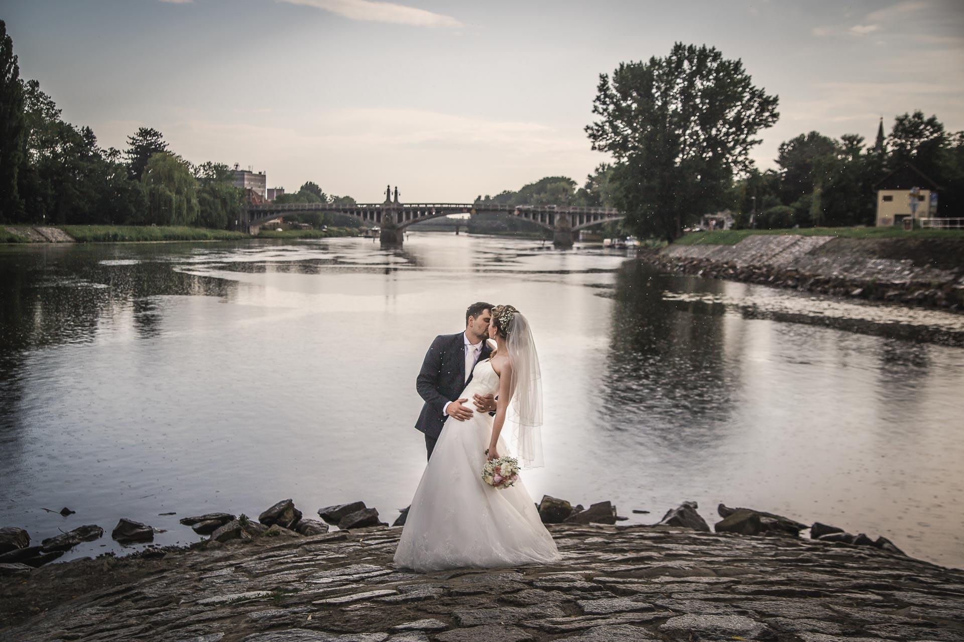 Svatební-fotograf-Nymburk-6236