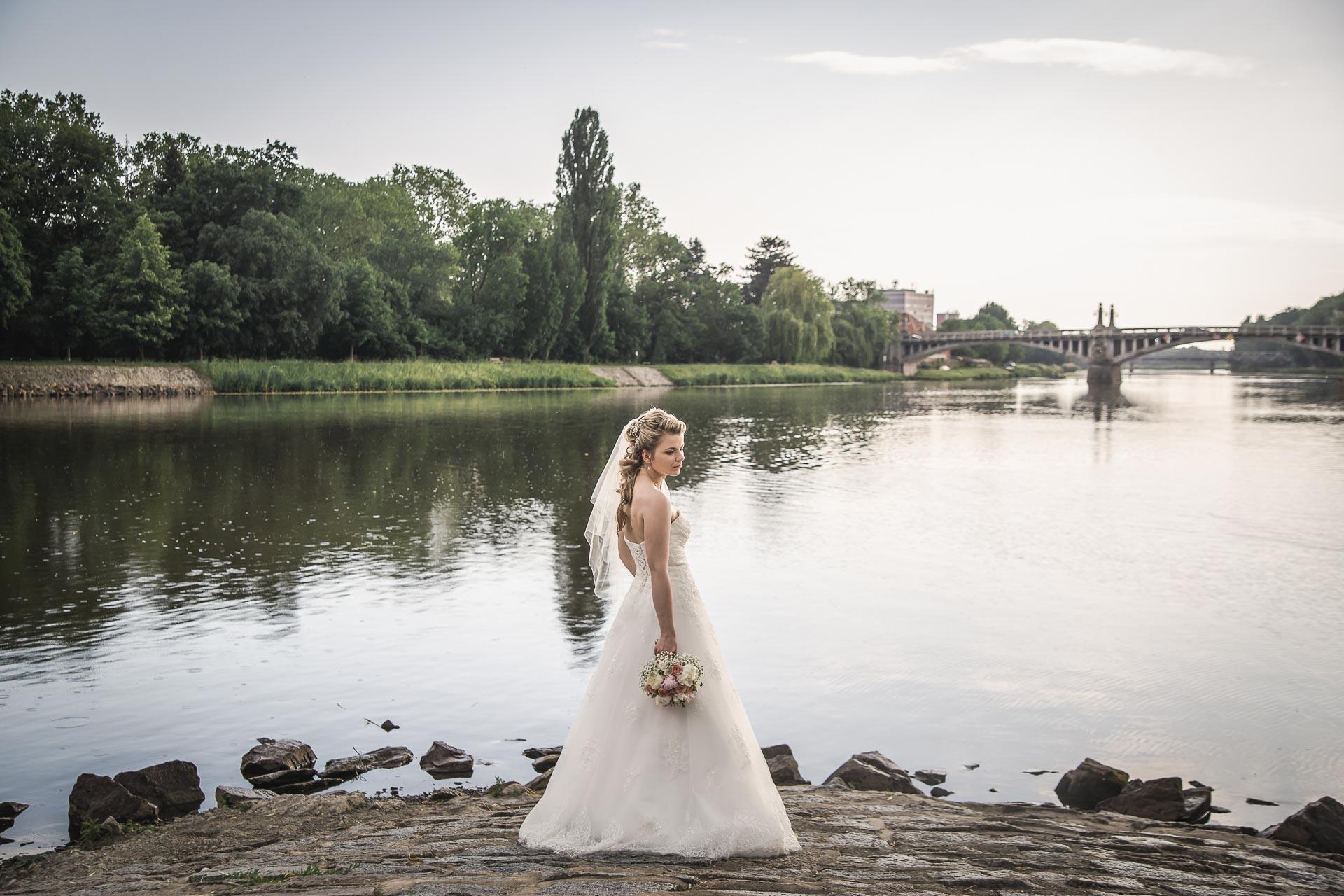 Svatební-fotograf-Nymburk-6253