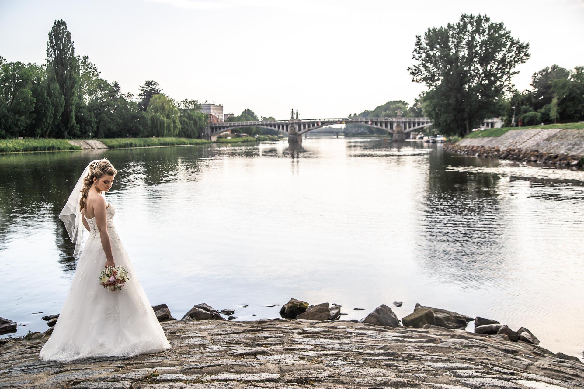 Svatební-fotograf-Nymburk-6255