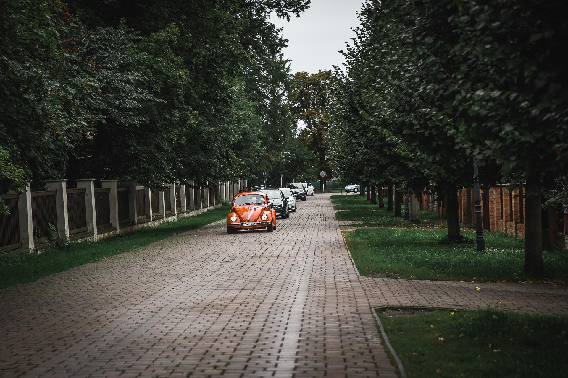 Svatební-fotograf-zámecký-park-Měšice-Svatba-Měšice-u-Prahy-6993