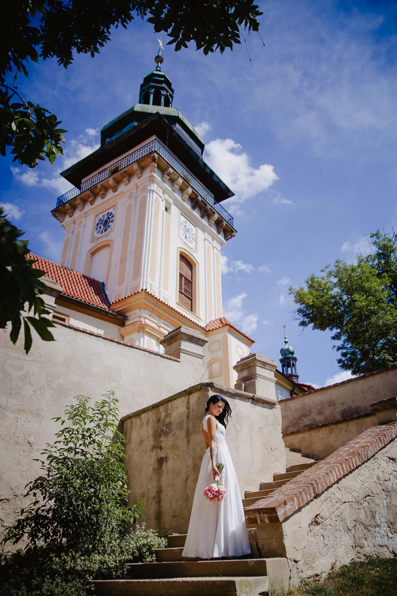 svatební-fotograf-zámek-Benátky-nad-Jizerou-Praha-143