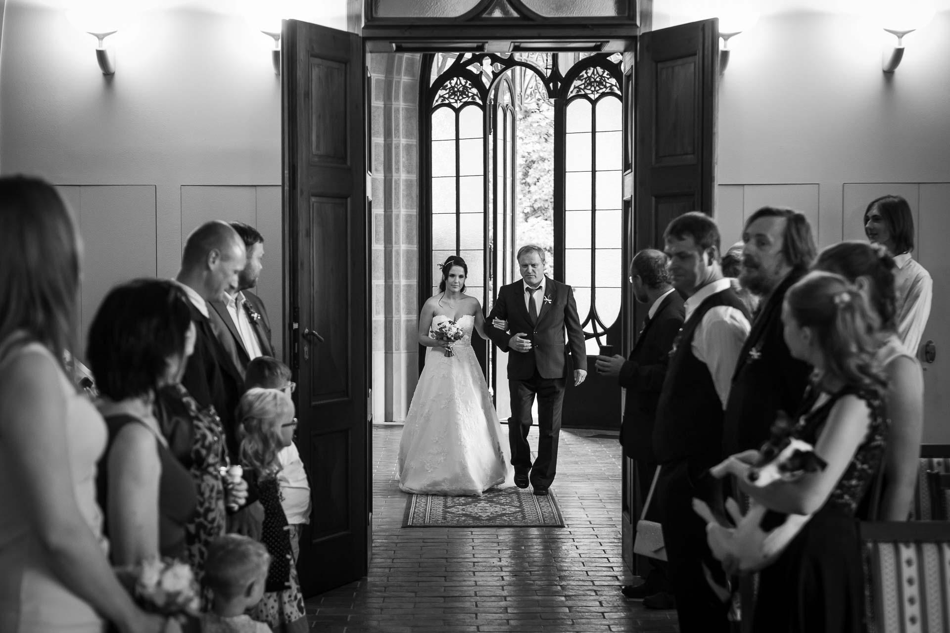 svatební-fotograf-zámek-Hluboká-0116