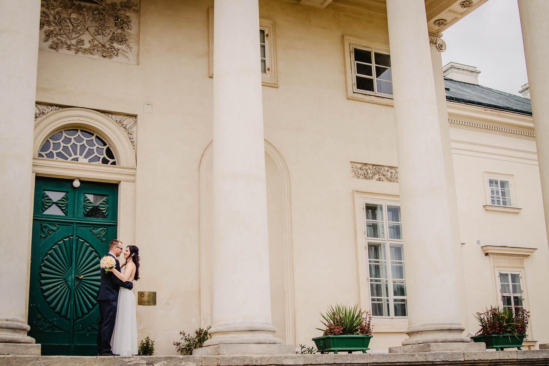 svatební-fotograf-zámek-Kačina-svatebni-fotograf-Kutná-Hora-263