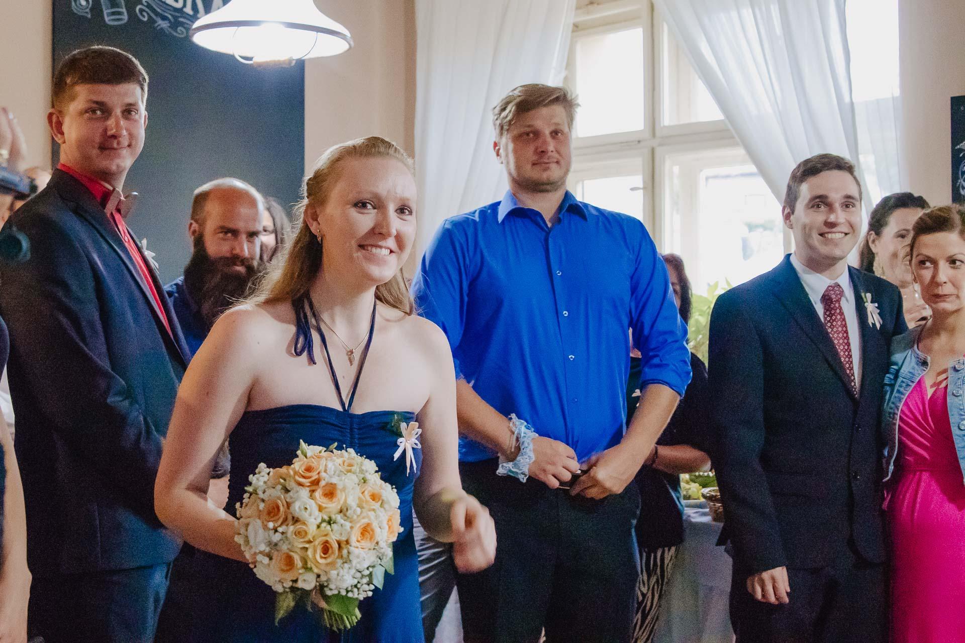 svatební-fotograf-zámek-Kačina-svatebni-fotograf-Kutná-Hora-459