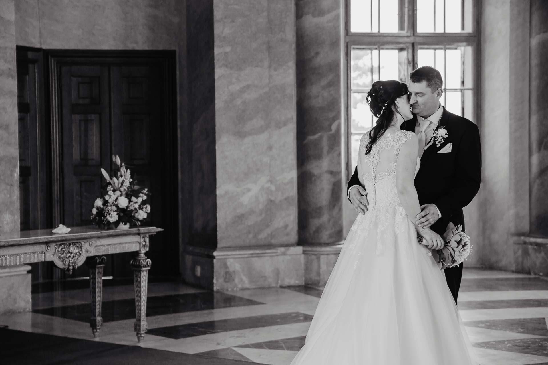 Svatební-fotograf-zámek-Karlova-Koruna-Chlumec-nad-Cidlinou-100