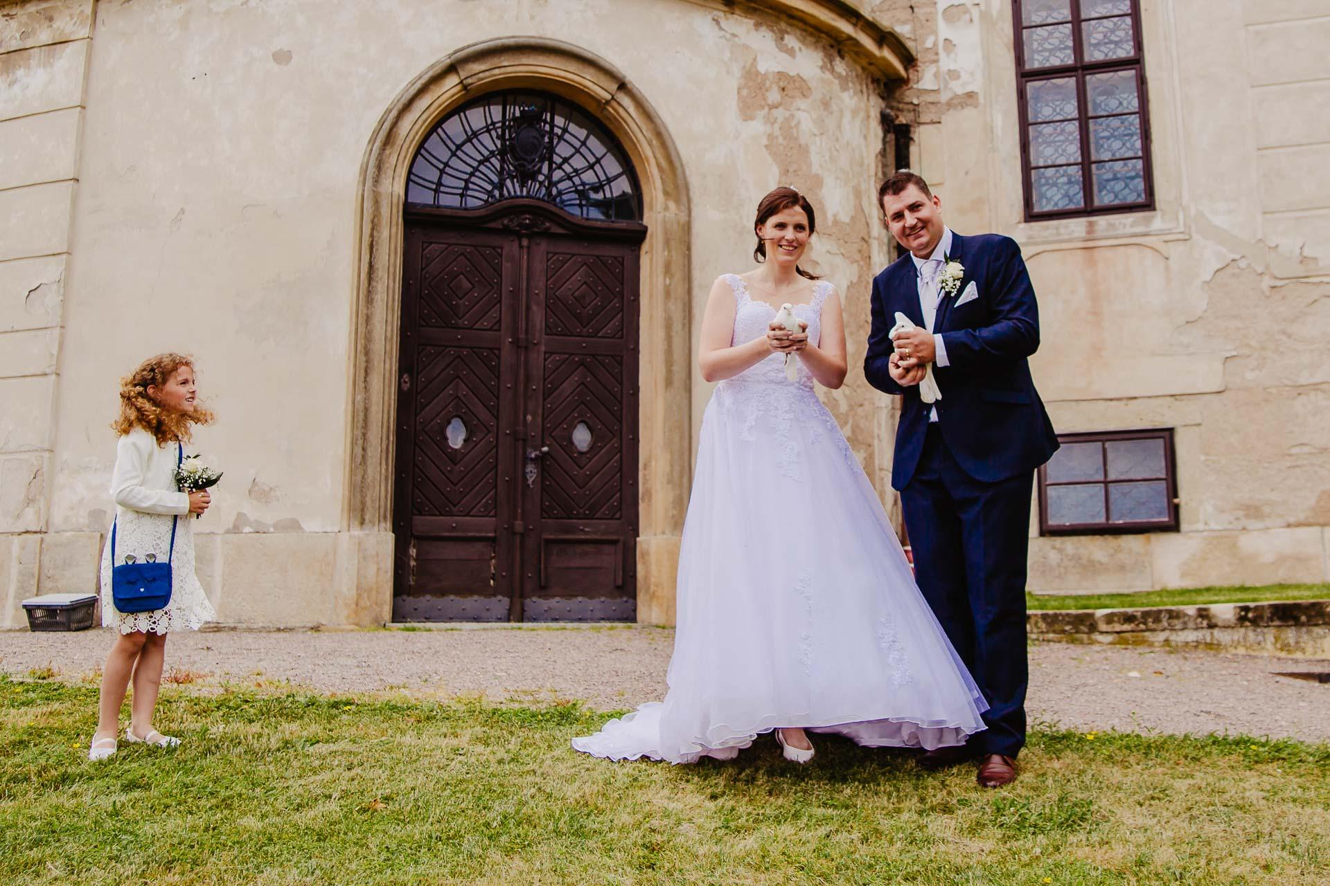 Svatební-fotograf-zámek-Karlova-Koruna-Chlumec-nad-Cidlinou-114