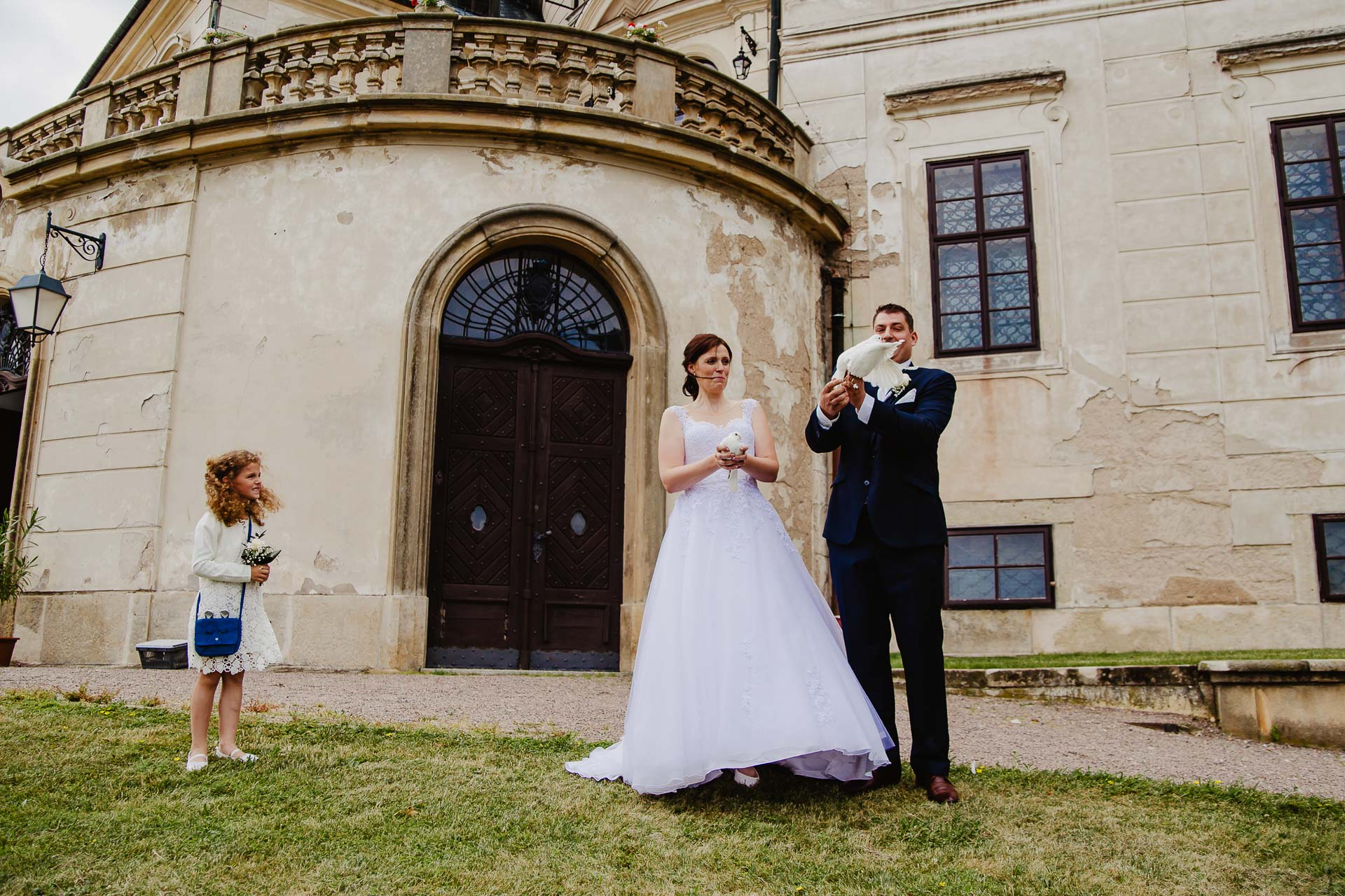 Svatební-fotograf-zámek-Karlova-Koruna-Chlumec-nad-Cidlinou-116
