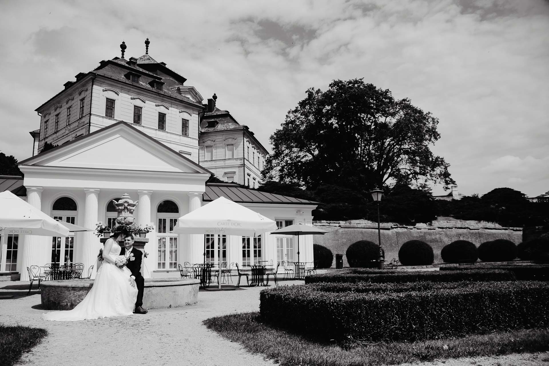 Svatební-fotograf-zámek-Karlova-Koruna-Chlumec-nad-Cidlinou-161