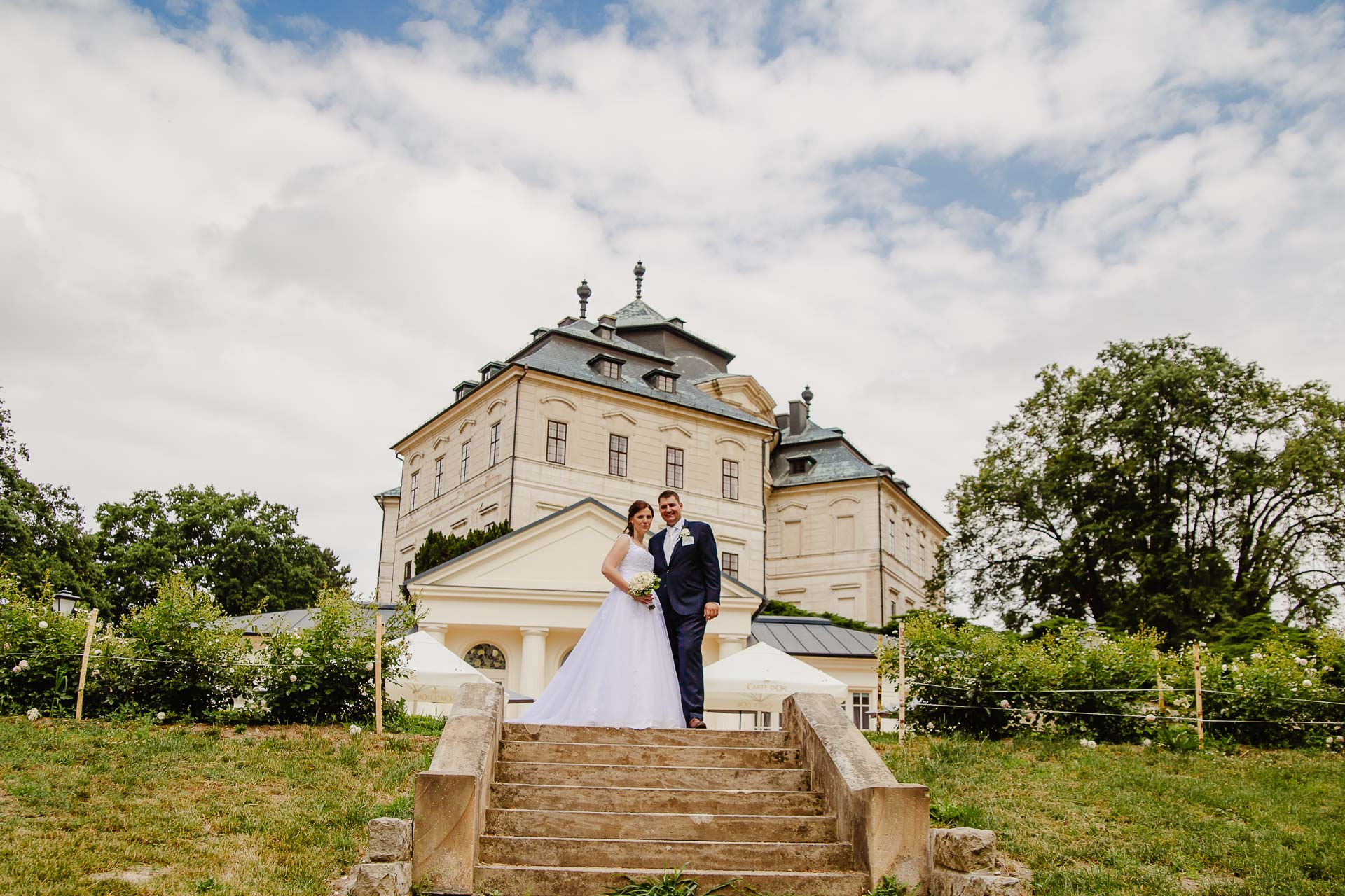 Svatební-fotograf-zámek-Karlova-Koruna-Chlumec-nad-Cidlinou-162