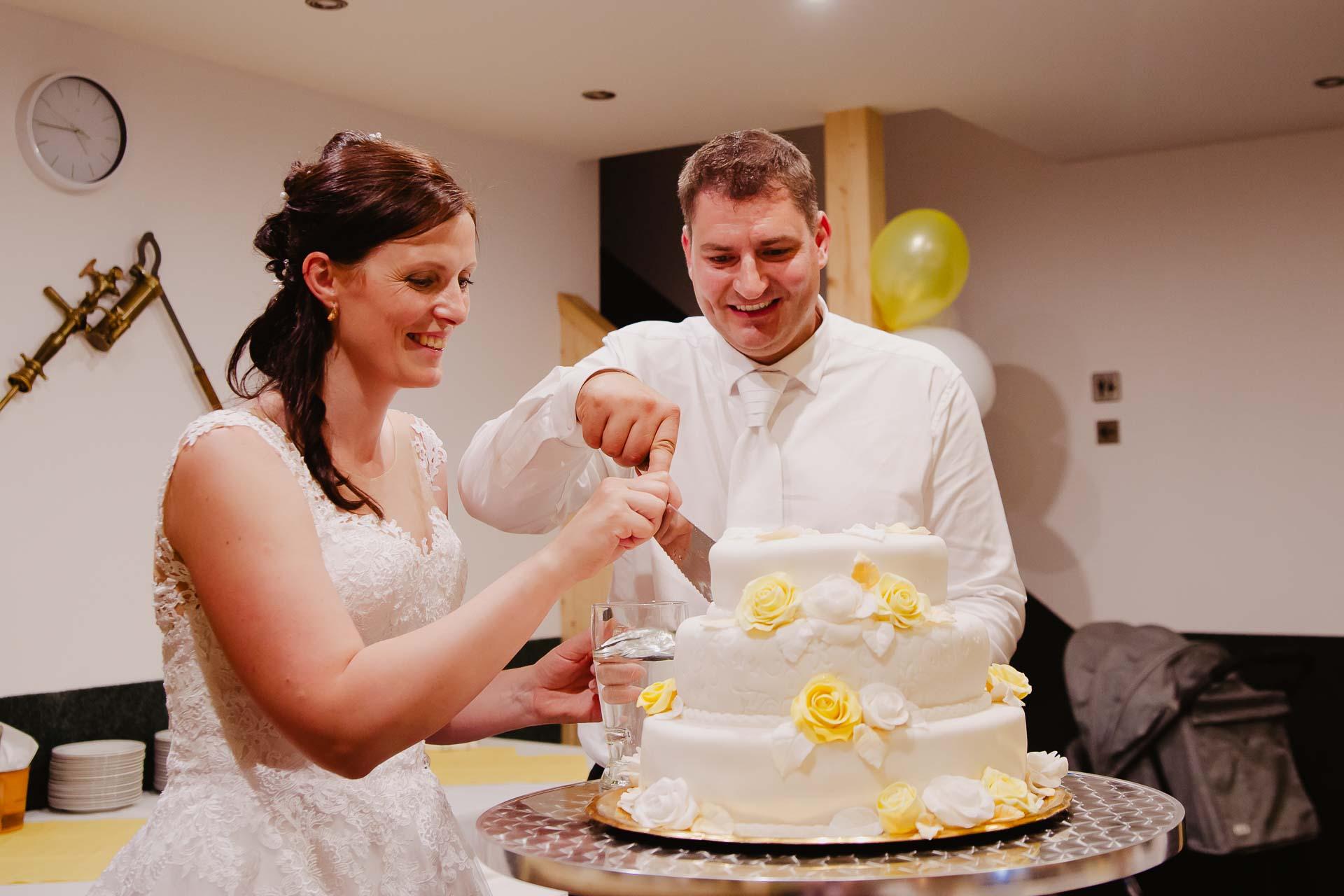 Svatební-fotograf-zámek-Karlova-Koruna-Chlumec-nad-Cidlinou-256