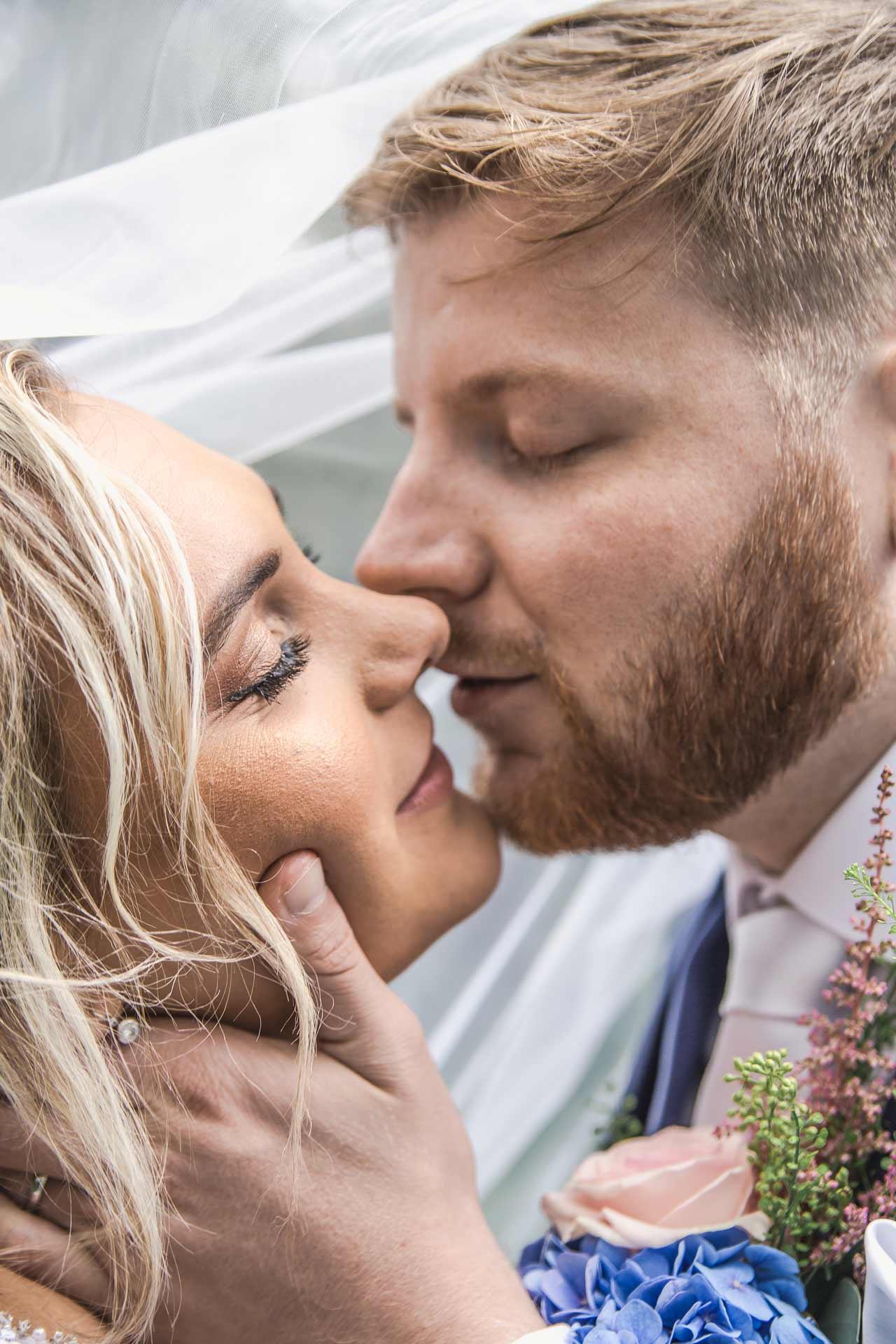 Svatební-fotograf-studio-Beautyfoto