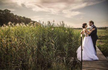 svatební fotograf Říp, svatební video Říp, svatební foto a video pod Řípem, svatba pod Řípem