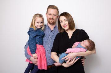 foto atelier Lysá nad Labem, Střední Čechy, foto Studio Beautyfoto, fotografování rodin, newborn, dětí, skupin i jednotlivců.